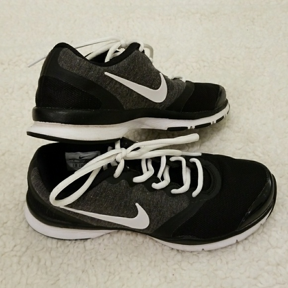 Nike Black and Gray Training Shoes